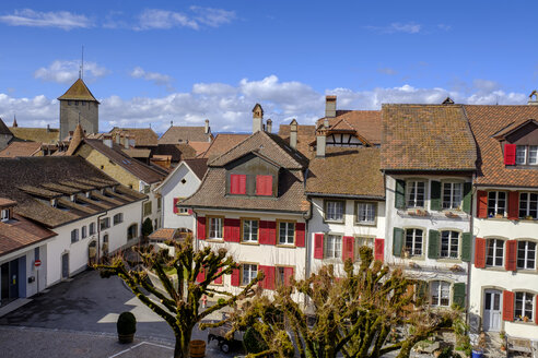Switzerland, Fribourg, Murten, view over the roofs of the historical old town - LBF02426