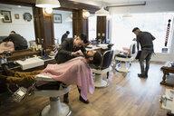 Barber grooming man - HEROF29722