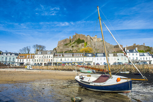 United Kingdom, Channel islands, Jersey, the town of Mont Orgueil and its castle - RUNF01565
