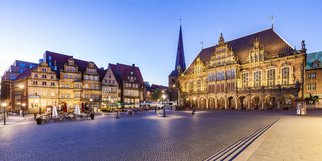 Germany, Free Hanseatic City of Bremen, market square, merchants houses, townhall, Bremen Roland, UNESCO World Heritage Site - WDF05204