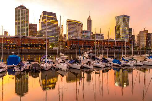View on modern Architecture in the famous Neighborhood of Puerto Madero in Buenos Aires, Argentina. - SPCF00380