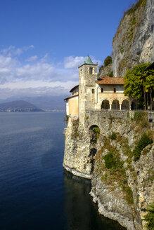 Santa Caterina del Sasso - LBF02464