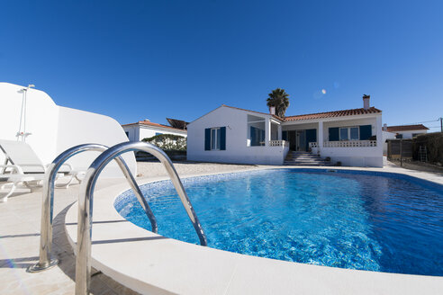 Portugal, Mediterranean house with swimming pool - SBOF01905