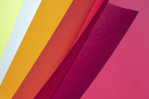 Color spectrum papers as an abstract background - MOMF00663