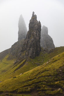 United Kingdom, Scotland, the Old man of Storr on a foggy moody day on the Isle of Skye - WPEF01419