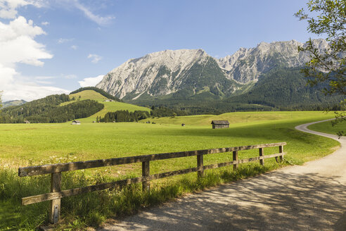 Austria, Styria, Styrian Salzkammergut, Grimming mountain - AIF00662