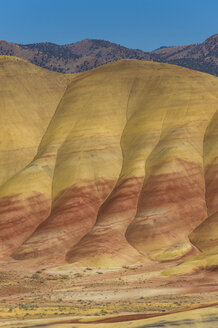 USA, Oregon, John Day Fossil Beds National Monument, Painted hills - RUNF01666