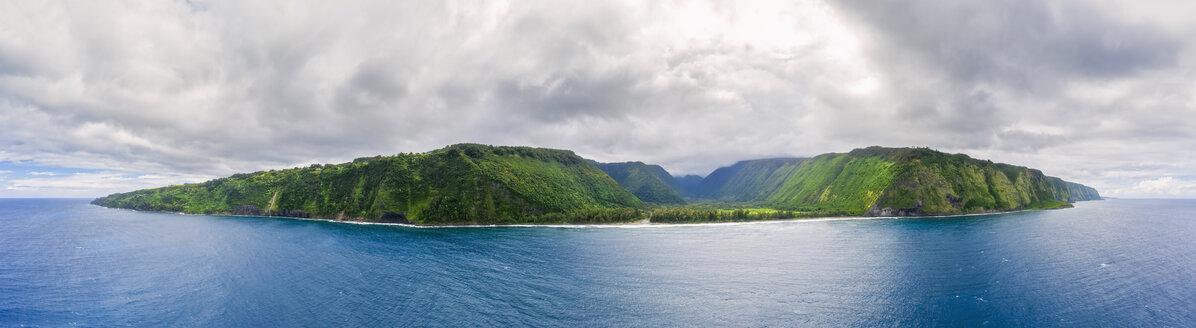 USA, Hawaii, Big Island, Waipio Valley - FOF10567