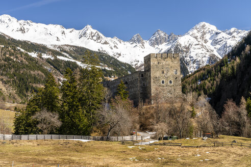 Austria, Tyrol, Oetztal Alps, Kauner Valley, Berneck Castle - STSF01911