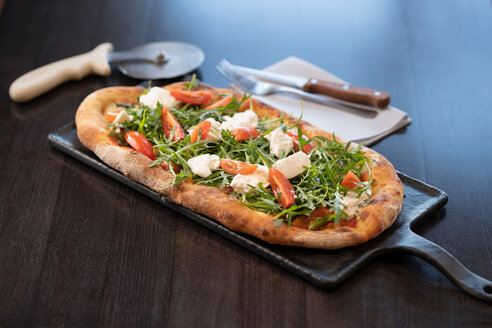 Cheese, tomato and rocket Pinsa Romana, a Roman style pizza blend reducing sugar and saturated fat, containing rice and soy with less gluten - CUF50093