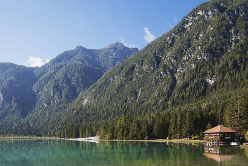 Italy, Alto Adige, Dolomites, Lago Dobbiaco - GWF06054