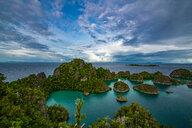 Classic view of Raja Ampat, Sorong, Nusa Tenggara Barat, Indonesia - CUF50286