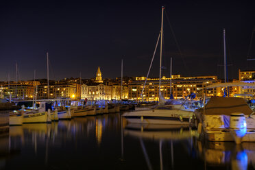 France, Marseille, old town, old harbour at night - LBF02561