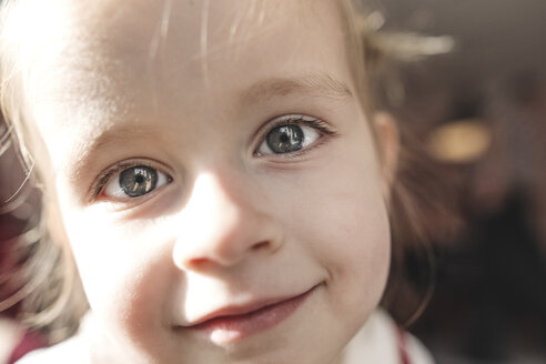 Close-up portrait of little girl - KMKF00831
