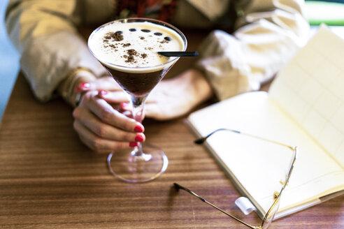 Sevilla, Spain, woman, coffee shop, fall - ERRF01071