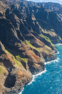 Aerial of the rugged Napali coast, Kauai, Hawaii - RUNF01840