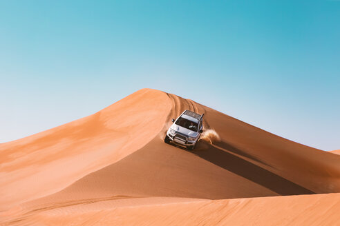 Sultanate Of Oman, Wahiba Sands, Dune bashing in an SUV - WVF01308