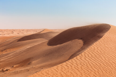 Sultanate Of Oman, Wahiba Sands, dunes in the desert - WVF01356