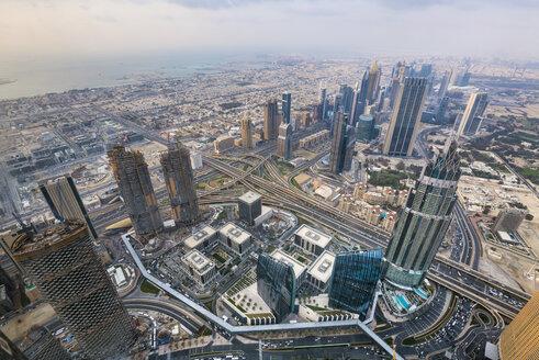 United Arab Emirates, Dubai, cityscape with Sheikh Zayed Road - HSIF00494