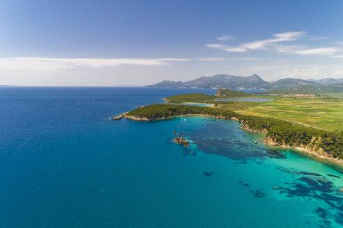Greece, aerial view of bay at Alonaki Fanariou - TAMF01333