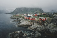Houses on rocky waterfront - BLEF00721