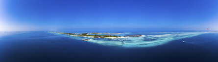Maldives, South Male Atoll, aerial view of resort on islands Olhuveli and Bodufinolhu - AMF06989