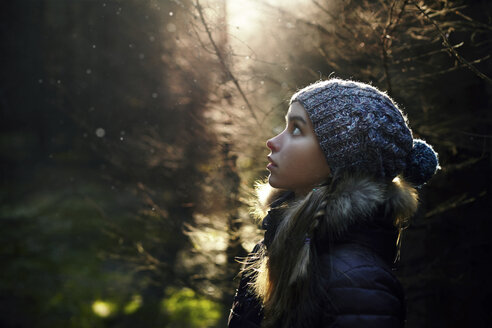 Profile of Caucasian teenage girl in forest - BLEF02962