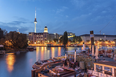 Germany, Berlin, view to skyline with television tower at twilight - TAMF01376