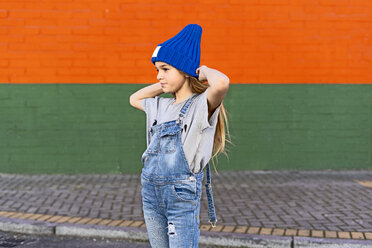 Portrait of young girl with blue woolly hat - ERRF01237