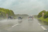 Motorway during rain - FRF00831