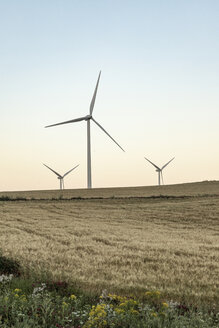 Spain, Andalusia, wind turbines - KBF00609