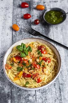 Spaghetti with tomato salmon sauce and ramson pesto - SARF04284