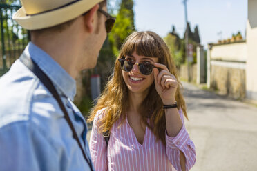 Young couple on a city break in Florence, Tuscany, Italy - MGIF00446