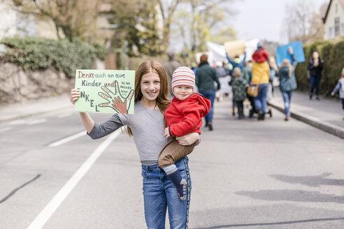 Protest, Demo für den Umweltschutz, Klimaschutz, Vilsbiburg, Bayern, Deutschland - STBF00355