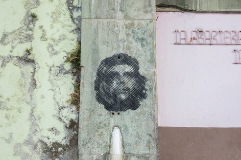 Graffitto of Che Guevara on facade - HSI00639