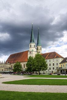 Kapellplatz, Altötting, Deutschland - PUF01503