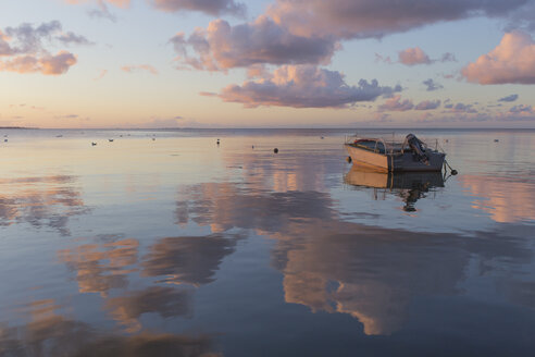 Fishing boat on the sea at sunrise, Curonian Spit, Lithuania - IHF00050