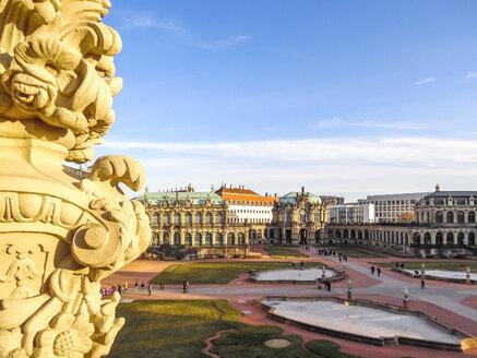 Zwinger, Dresden im Sonnenuntergang, Deutschland - PU01505