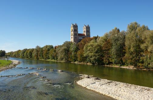 Isar river and St. Maximilian's church, Glockenbachviertel, Isarvorstadt, Munich, Germany - LHF00632