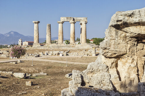 Archaeological site with archaic Temple of Apollo, Dorian columns, Corinth, Greece - MAMF00707