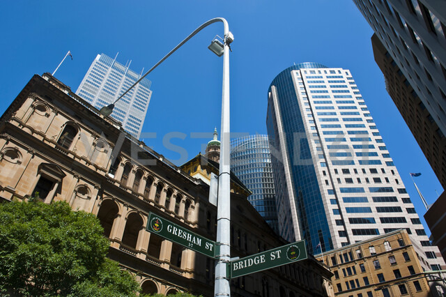 High rise buildings in Sydney, New South Wales, Australia - RUNF02213 - Michael Runkel/Westend61