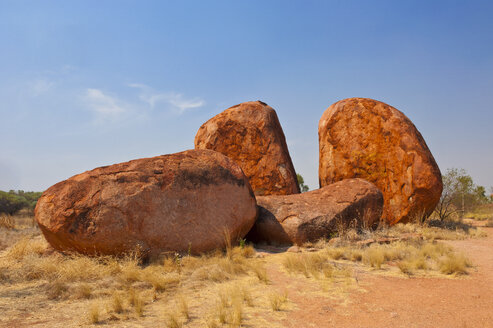 Granite boulders in the Devil's Marbles Conservation Reserve, Northern Territory, Australia - RUNF02225