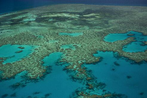Aerial view of the Great Barrier Reef, Queensland, Australia - RUNF02243