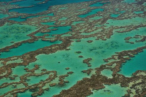 Aerial view of the Great Barrier Reef, Queensland, Australia - RUNF02249