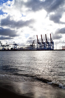 Harbour cranes at Port of Hamburg, Hamburg, Germany - PUF01535