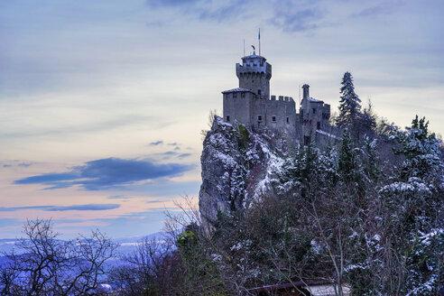 Fortress on Monte Titano in winter, San Marino - LOMF00873