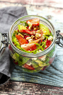 Strawberry avocado salad with feta, rocket and pine nuts in jar - SARF04297