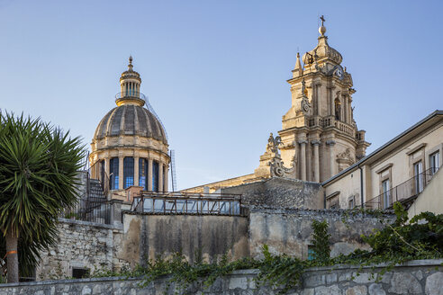Duomo di San Giorgio im Abendlicht, blaue Stunde, Ragusa Ibla, Ragusa, UNESCO-Welterbe, Provinz Ragusa, Sizilien, Italien - MAMF00760