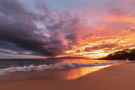 Big Beach at sunset, Makena Beach State Park, Maui, Hawaii, USA - FOF10849