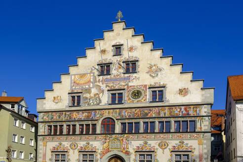 Altes Rathaus, Treppengiebel mit Sonnenuhr, Wandmalereien, Lindau, Bodensee, Schwaben, Bayern, Deutschland, - LBF02598